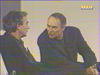 Marc: ''Tu vois Yvan, ce que je supporte pas en ce moment chez toi, c'est ton désir de nous niveler. Egaux tu nous voudrais...''