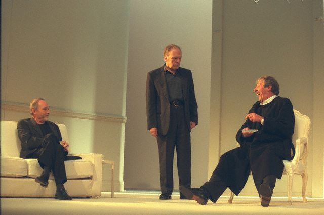 Vaneck, Trintignant et Rochefort